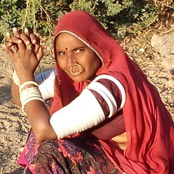 Ethnic Groups with Isolated Village Tour in Rajasthan