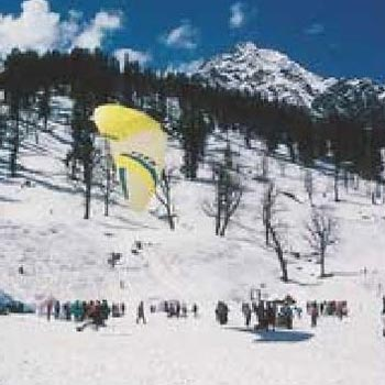 Exclusive Delhi Manali with Beautiful Taj Tour
