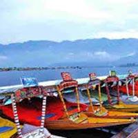 Kashmir Houseboat Holidays