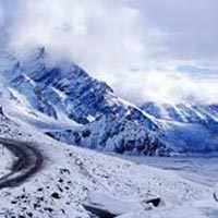 Himachal Honeymoon With Manali Tour