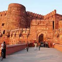 Classic Taj Mahal Holiday Tour