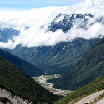Kafni Glacier Trek Tour