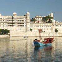 Lake city Udaipur Tour