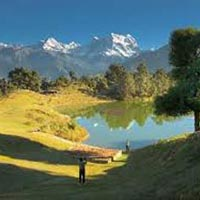 Deoriatal - Chopta - Tungnath - Chandrashila Trek Tour
