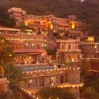 Delhi – Jaipur – Delhi  02N/03D Tour