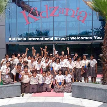 1 Day'S Tour To Kidzania, Noida With Dlx Bus & Lunch