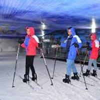 1 Day'S Tour To Ski India, Noida With Dlx Bus & Lunch