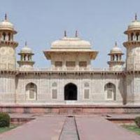 Classic Taj Mahal Tour