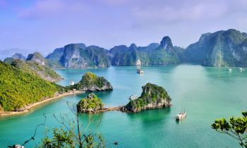 North Vietnam: Hanoi - Sapa Mountain - Halong Bay 6 Days
