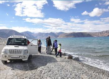 LEH -LADAKH GROUP PACKAGE (DELUXE) 4 Nights / 5 Days