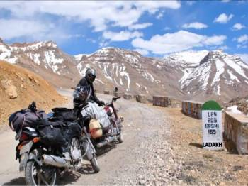 LEH -LADAKH PACKAGE (DELUXE) 5 Nights / 6 Days
