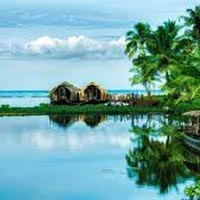Athirapally Alleppey Kumarakom Package