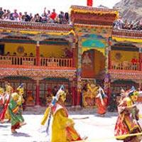Discover Ladakh 08N & 09D Tour
