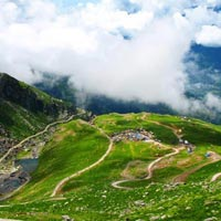 Honeymoon Package for Manali