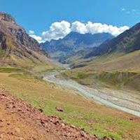 Bhaba Pin Pass Trek Package