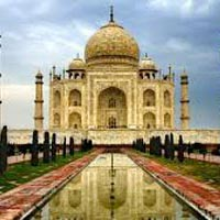 Explore Taj Mahal Tour