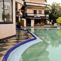 Maizons Lakeview Resort 3N Goa package