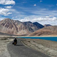 Manali to Leh Motor bike Tour