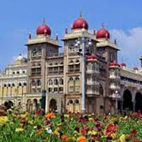 Karnataka Tour Coffee, Wildlife and Palaces