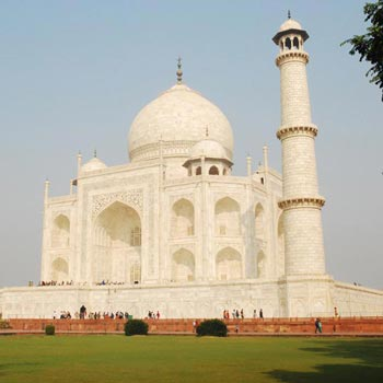 Beautiful  Taj Mahal Tour