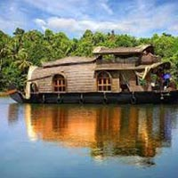 Kerala with Treehouse Stay Tour