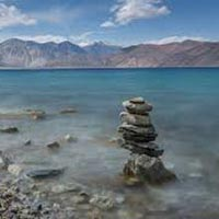 Adventurous Ladakh Honeymoon Package | 5 Days & 4 Nights