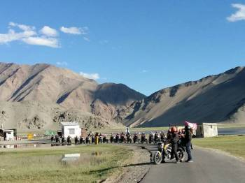 Gateway to Ladakh Tour