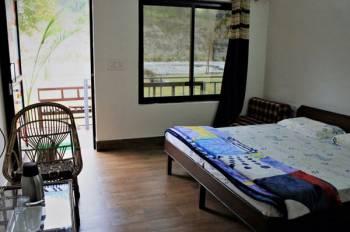 Antaram Resort (1 night stay with rafting 16 kms) Trip