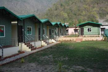 Mountain Cottage (2 Night Stay with Rafting 26 Kms) Trip