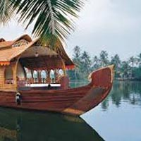 Kerala (Hills & Backwater) Tour