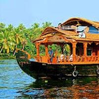 Munnar Kumarakom Tour