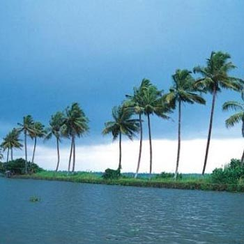 Beaches & Backwaters Tour