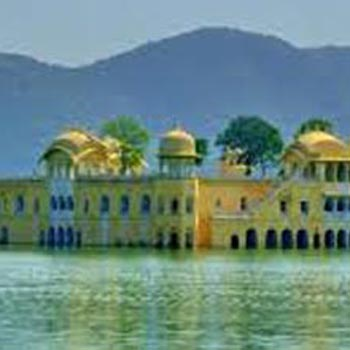 Jaipur (2) - Jodhpur (1) - Mount Abu (2) - Udaipur (2) - Pushkar (1) – 8 Nights / 9 Days Tour