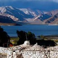 Leh – Nubra Valley – Pangon Lake – Leh 6N/7D Package