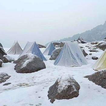 Kullu Trek Over Sari Pass Tour