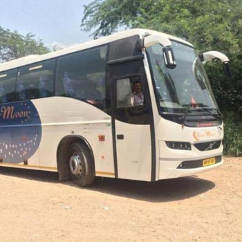 Book Volvo Bus Delhi/Dharmshala Tour