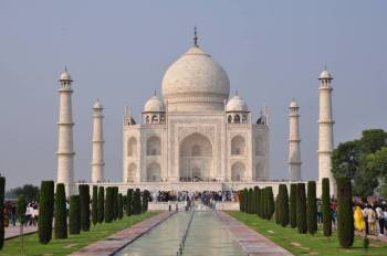 01 Night & 02 Days Agra Tour Package