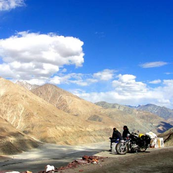 Manali to Leh Ladakh Tour Package