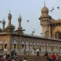 3 Nights/ 4 Days Hyderabad - Ramoji Tour