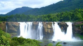 5 Nights 6 Days Kerala Honeymoon Package