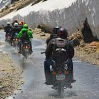 LADAKH BIKE TOURS