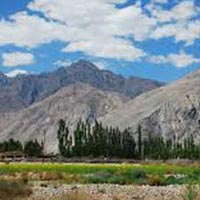 Phayang To Nubra Valley Trek Tour