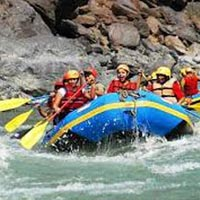 Adventure -Rafting on ganga River Tour