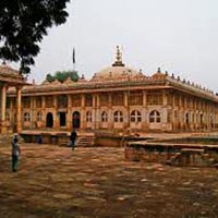 Golden Triangle With Mumbai, Ahmedabad and Rajasthan Tour