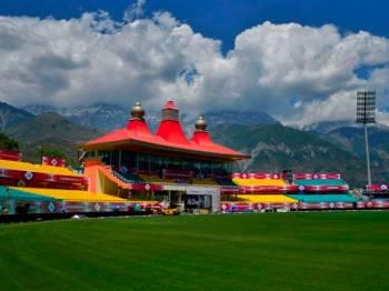 North India Shimla Manali Dharamshala - Dalhousie - Amritsar - Delhi - Agra Tour