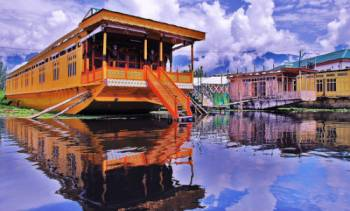 Honey Moon Package in Kashmir Tour 07 Days