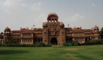 Rajasthan Tour - Orchha - Khajuraho - National Park Safari - Varanasi - Lucknow - Agra