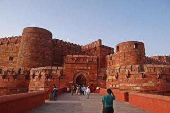 All Rajasthan Tour Heritage - Agra - Orchha - Khajuraho - Varanasi
