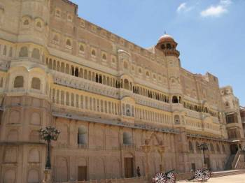 Golden Triangle with Bikaner Tour