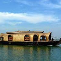 Kerala Backwater Houseboat Tour Package